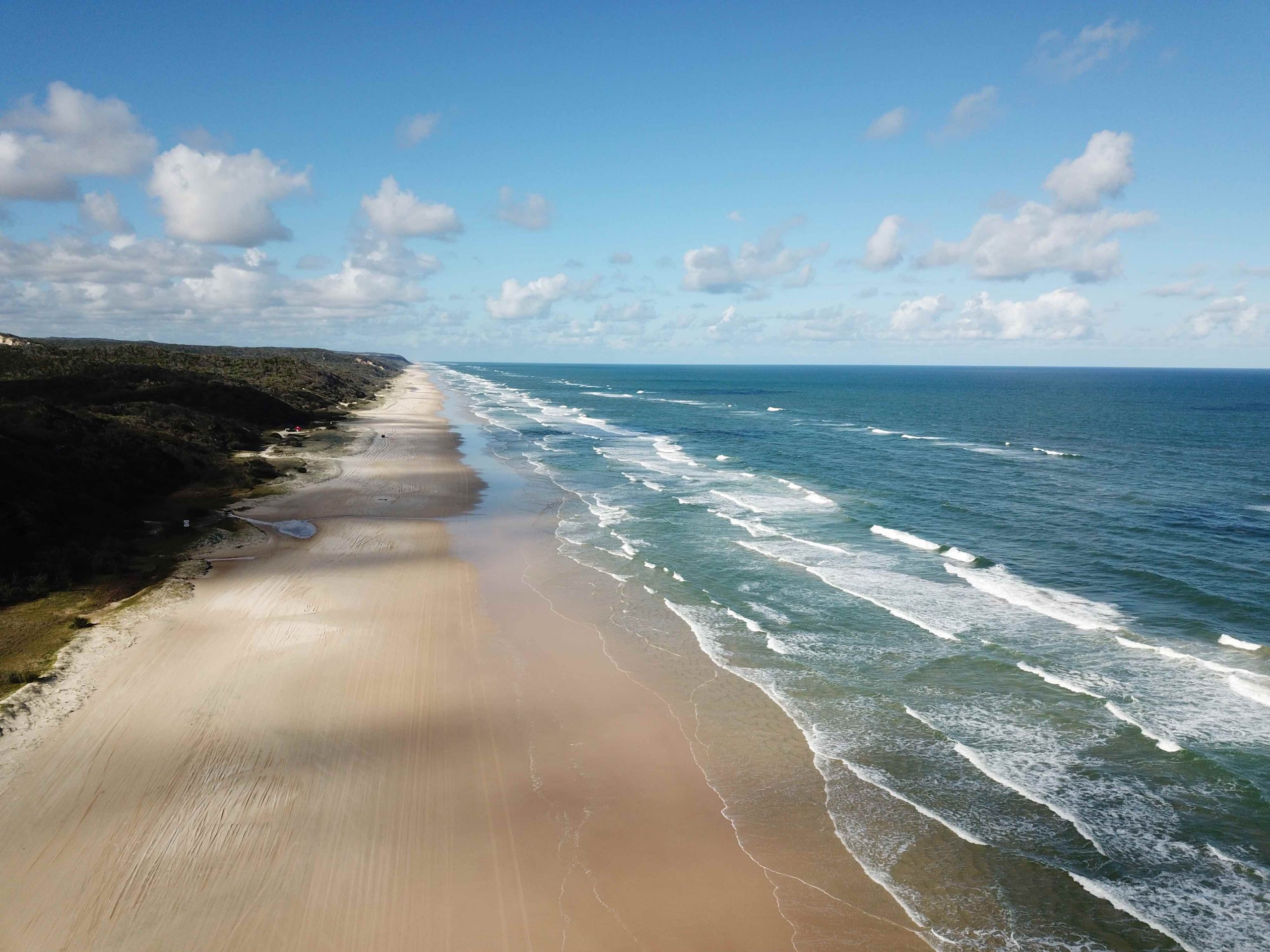 View of 75 Mile Beach on Fraser Island